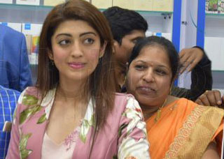 Cell Bay Mobiles Launch In Warangal By Pranitha Photo Gallery