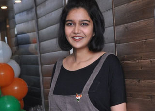 Colors Swathi Photo Gallery 19