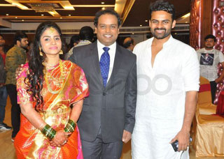 Comedian Harish Wedding Reception Photo Gallery
