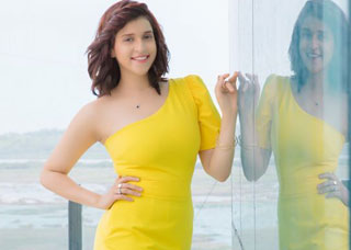 Mannara Chopra photo Gallery 7