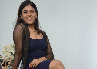 Naira Shah Photo Gallery 2