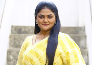 Nirosha Photo Gallery