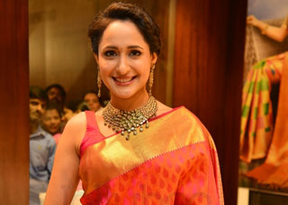 Pragya Jaiswal Photo Gallery 11