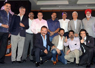 Ranveer Singh And Kapil Dev At Film Launch Of 1983 World Cup Photo Gallery
