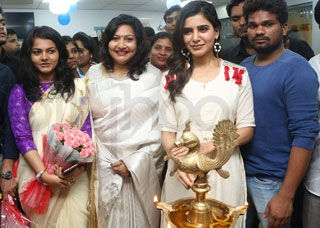 Samantha Launches VCare Clinic Photo Gallery
