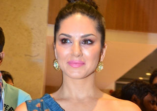 Sunny Leone Photo Gallery 4