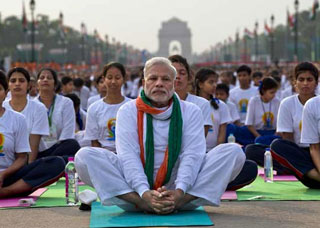 PM Modi Performs Asanas on the occassion International Yoga Day