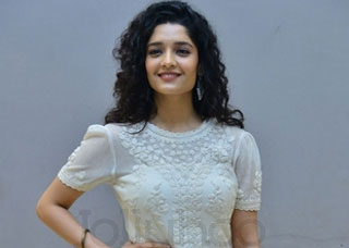 Ritika Singh Photo Gallery 3